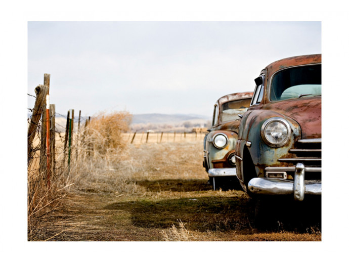 Wall Mural Two old, American cars 61124 additionalImage 1