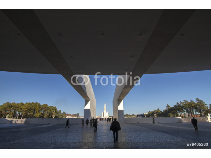 Fototapeta View of the famous holy plaza of Fatima, Portugal. 64238