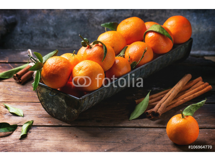 Tangerines with cinnamon 64238