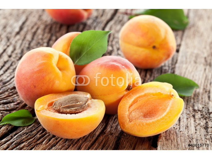 Apricots with leaves 64238