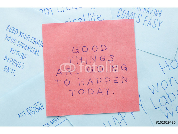 Sticky note with good things are going to happen today 64238