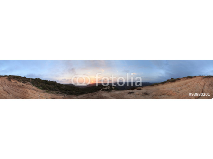 "Panoramic 360-degree view of the sunset from the top of the hiking trail at Alta Laguna Park, ""Top of the World"", overlooking the saddleback mountains in Laguna Beach, Southern California 64238"