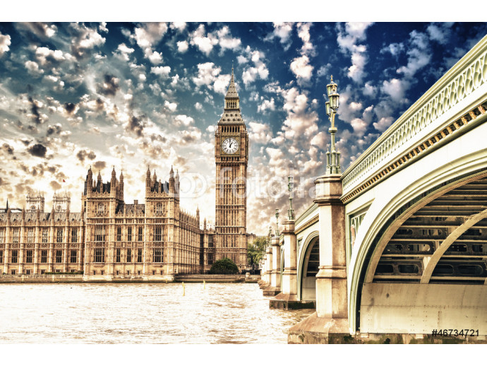 Landscape of Big Ben and Palace of Westminster with Bridge and T 64238