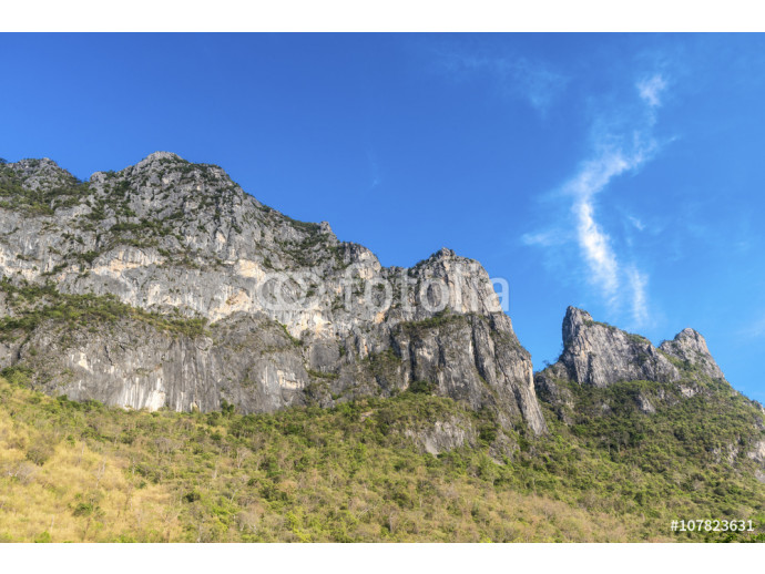 Fototapeta Beautiful blue sky with mountain at Khao Sam Roi Yot National Park, Thailand, landscape Series 64238
