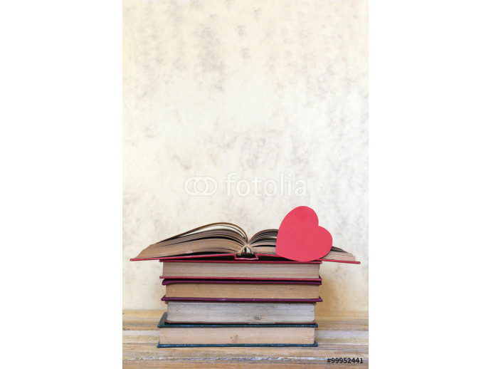 Book and red heart 64238