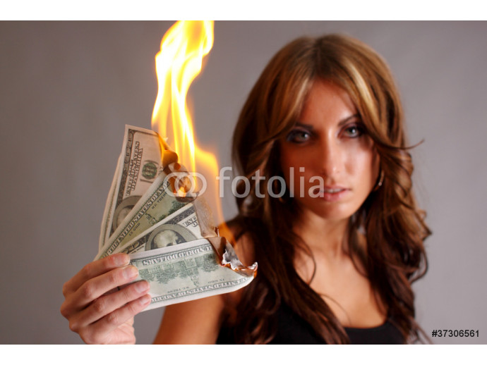 Beautiful woman with money to burn. 64238