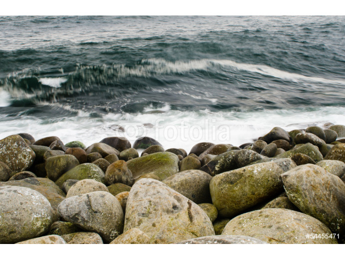 Rocks and waves 64238