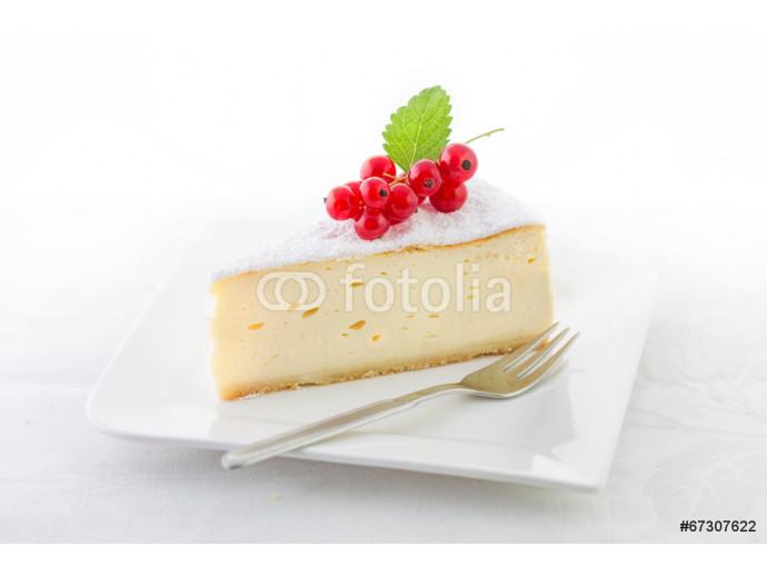Cheesecake decorated with red currant 64238