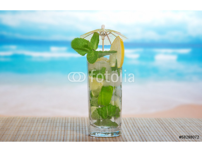 Mojito cocktail on a bamboo cloth 64238