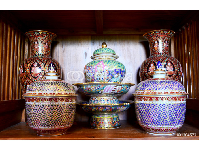 Craft Benjarong is traditional thai five basic colors style pott 64238