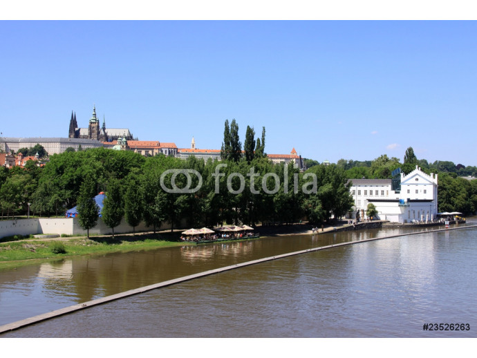 The View on spring Prague's gothic Castle above River Vltava 64238