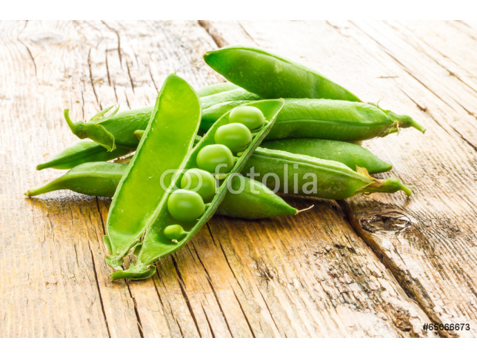 Some green peas 64238