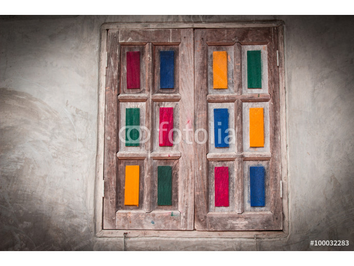 Fototapeta Wooden doors decorated with beautiful colors. 64238