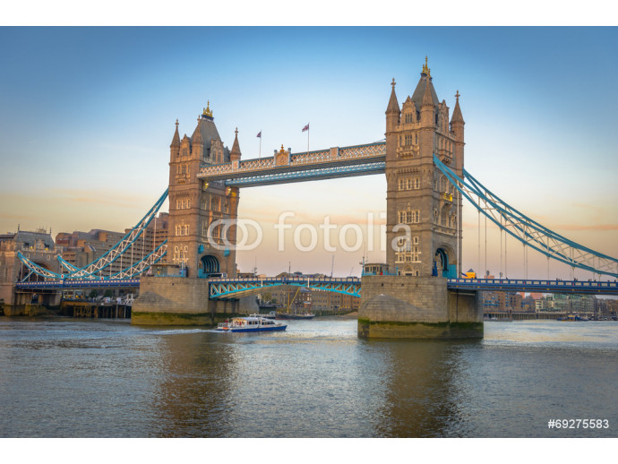 Famous Tower Bridge at sunset, London, England 64238