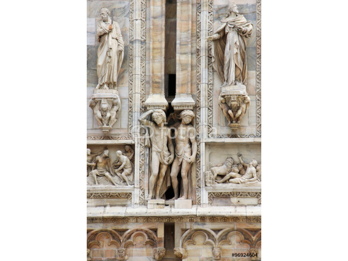 Details on Duomo cathedral in Milan, Italy 64238