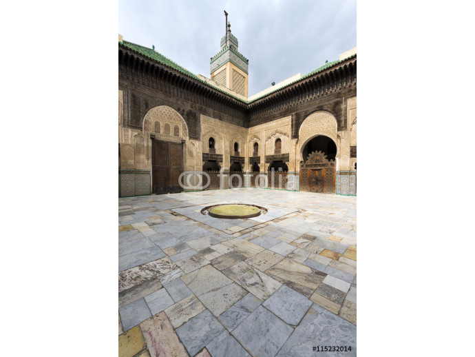 Fototapeta View of the courtyard in the Madrasa Bou Inania, in Fez, Morocco 64238