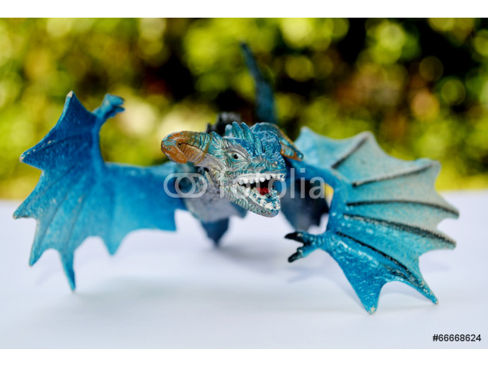 blue dragon flying   (toys) 64238
