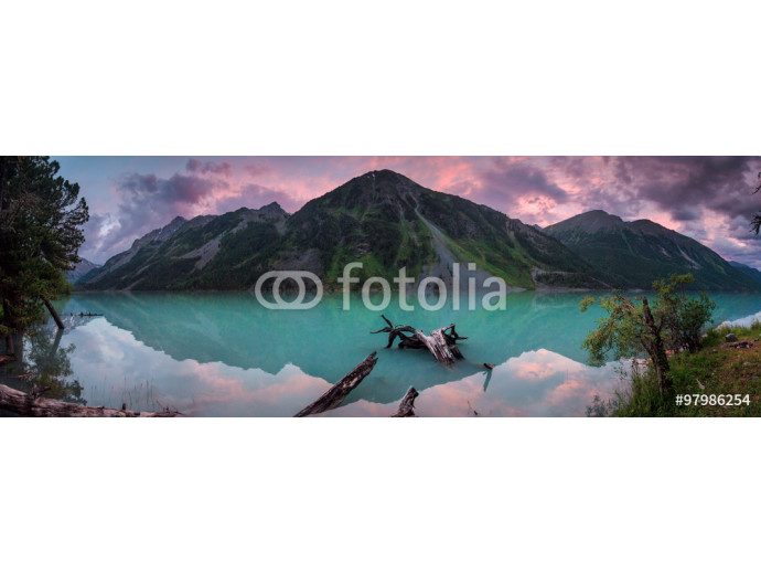 Panorama of beautiful lake in mountain valley 64238