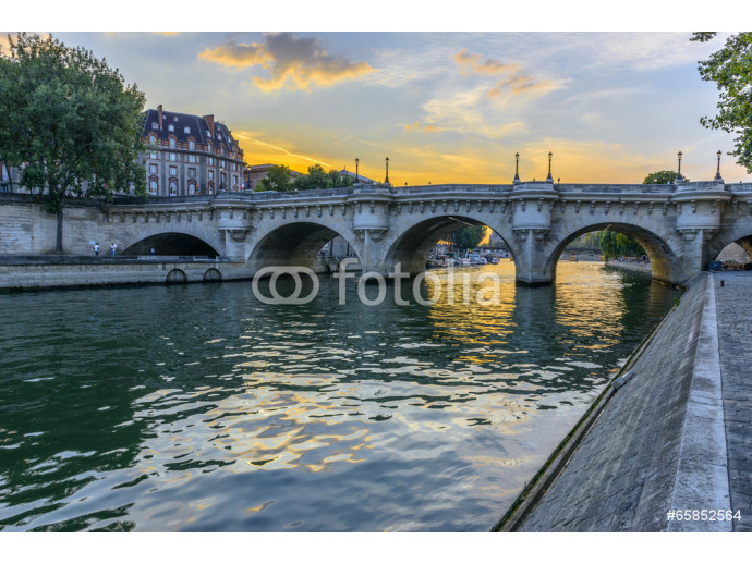 Pont Neuf at sunset in Paris, France 64238