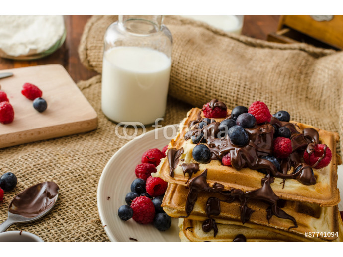 Waffles with fruits and chocolate 64238