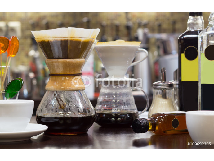 Fototapeta Brew coffee pour-over and chemex 64238