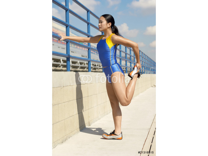 Track Athlete Stretching 64238
