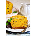 Carrot and orange cake with chocolate. 64238