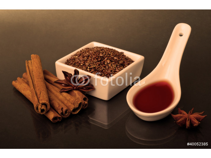 Star anise, cinnamon and flax 64238