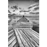 Zig Zag dock in black and white 64238