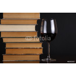 Wine glass and books 64238