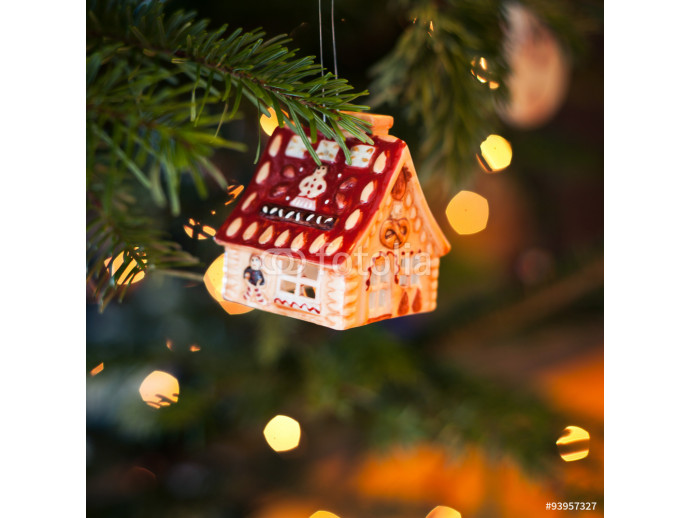 christmas decoration house shape on the tree 64238