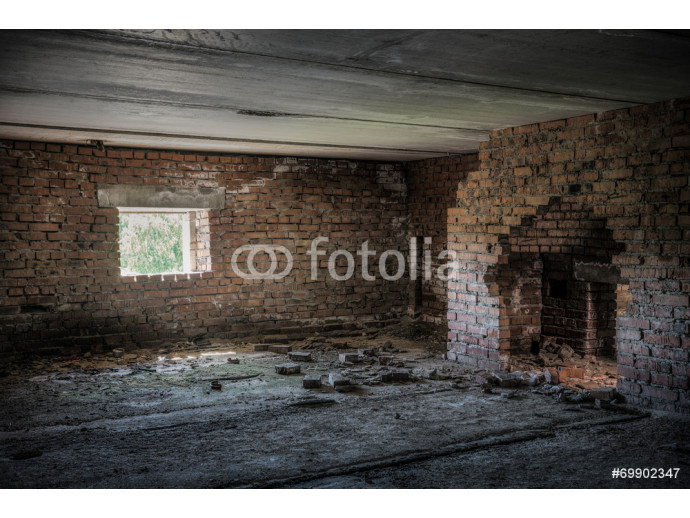 old abandoned building 64238