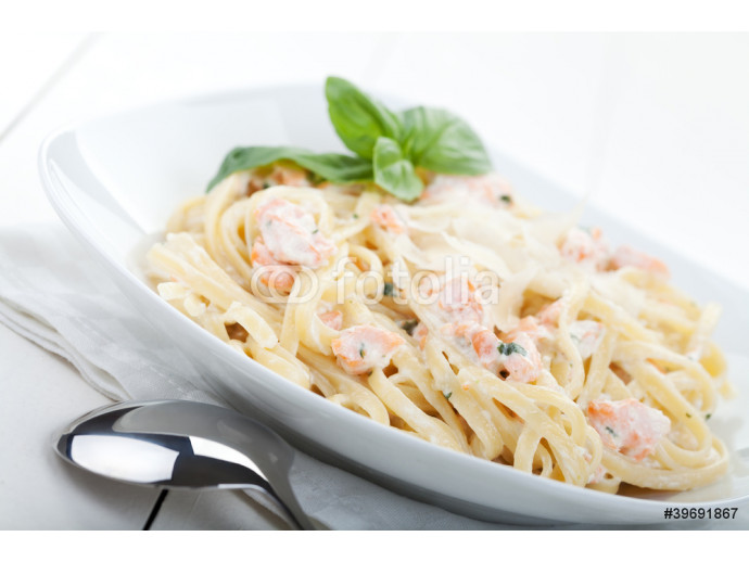Pasta with salmon 64238