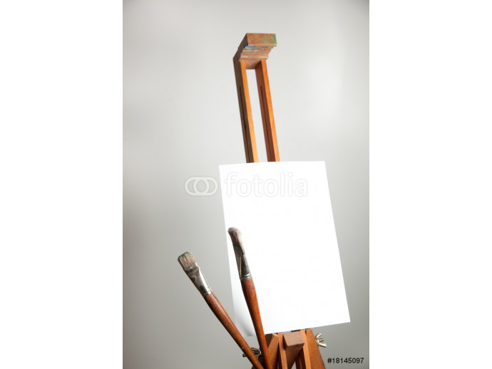 Empty easel with brushes 64238