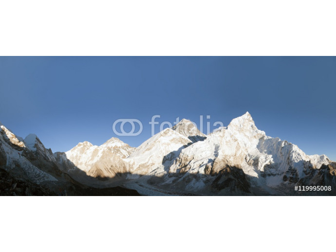 Evening panoramic view of Mount Everest from Kala Patthar 64238