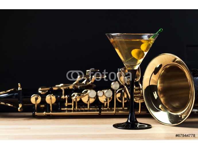 Papier peint moderne saxophone and martini with green olives 64238