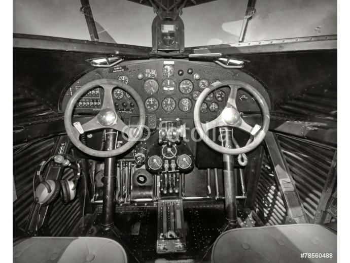 Wallpaper Old airplane cockpit 64238