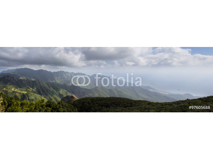 Fototapeta mountain landscape panorama - forest nature and ocean view 64238