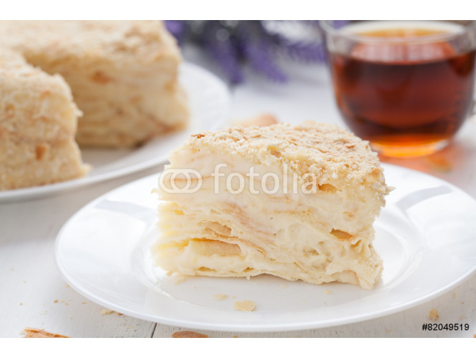 Fototapeta Mille-feuille slice cake in vintage provence style background 64238