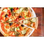 Pizza with peppers, olives and cheese 64238