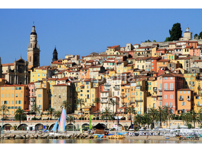Fotomurale Panoramic View of Menton on the french Riviera, France 64238