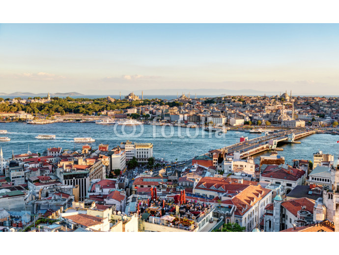 View of the Golden Horn and old areas of Istanbul at sunset 64238