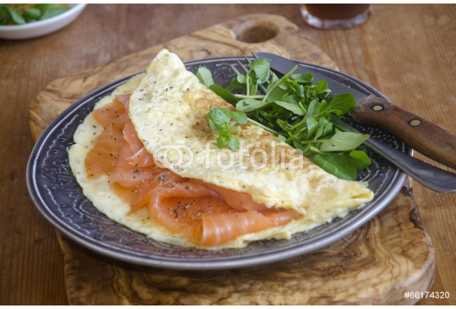 Smoked salmon omelette 64239