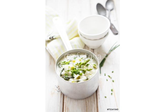 Asparagus, onion and spinach risotto 64239