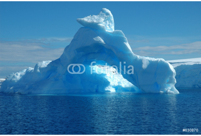 iceberg in antarcic waters 64239
