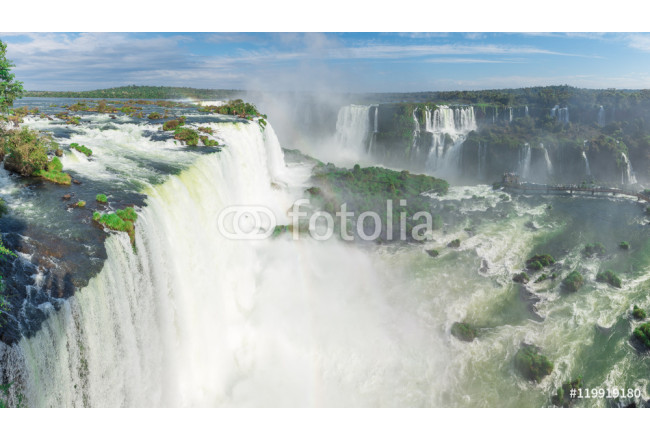 Toile déco The Iguazu Falls with clouds and blue sky 64239