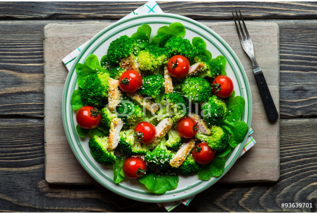 Chicken salad with tomatoes cherry 64239
