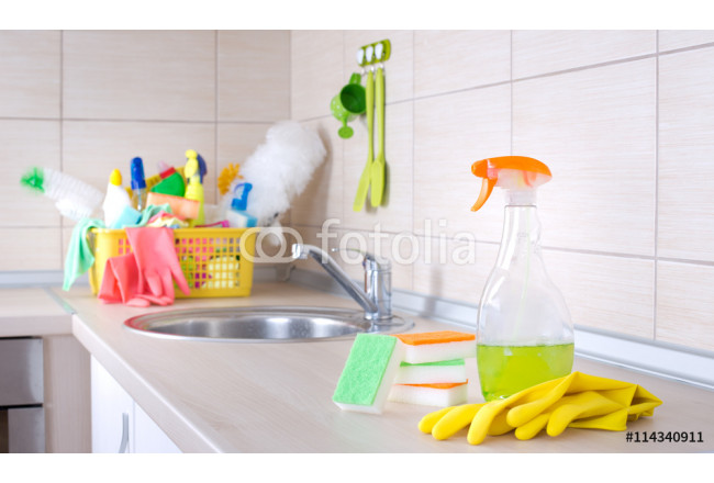 Kitchen cleaning concept 64239