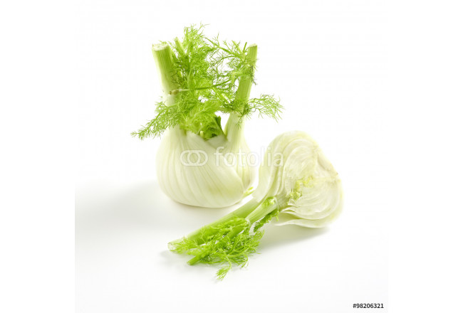 Whole and sliced fennel 64239