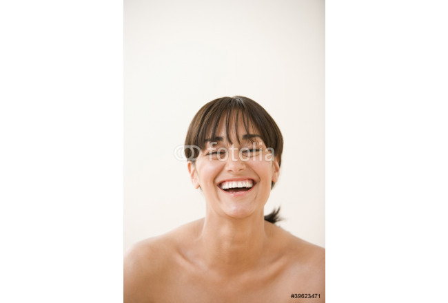 Portrait of woman laughing 64239
